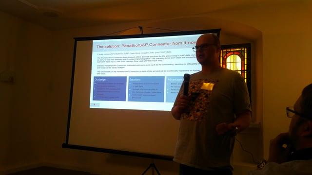 Stefan Mueller explaining how IT-Novum integrates SAP data with PDI