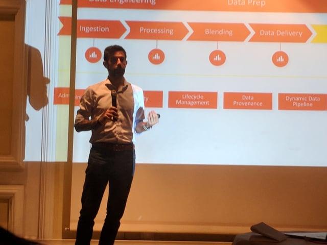Pedro Alves explaining what is new in Pentaho 8.0
